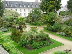 Jardin jardin de la retraite quimper for Jardin quimper