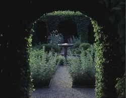 Jardin Le Labyrinthe - Jardin des Cinq Sens®, Yvoire